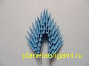 Оригами снегурочка из модулей, сборка короны