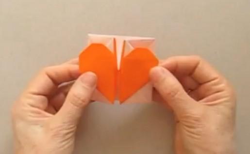 Коробочка с сердцем из бумаги