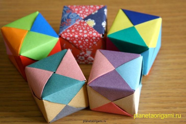 Как сделать розу - куб из бумаги.