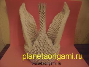 лебедь из треугольных модулей