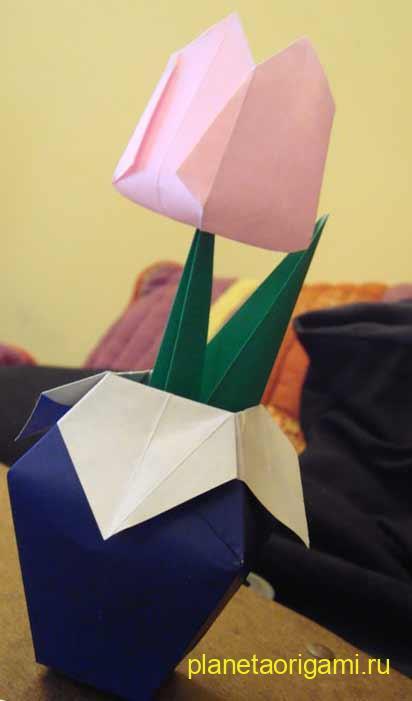 Как сделать вазу для тюльпан из бумаги
