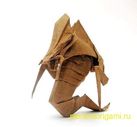 Zerg Hydralisk origami