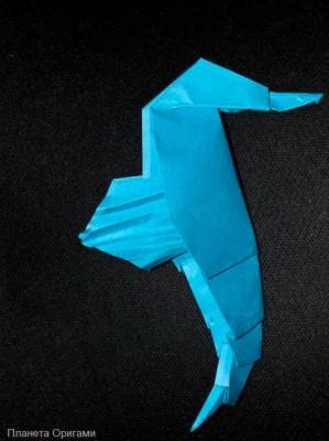 Морской конек из бумаги