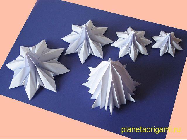 Модульное оригами елка