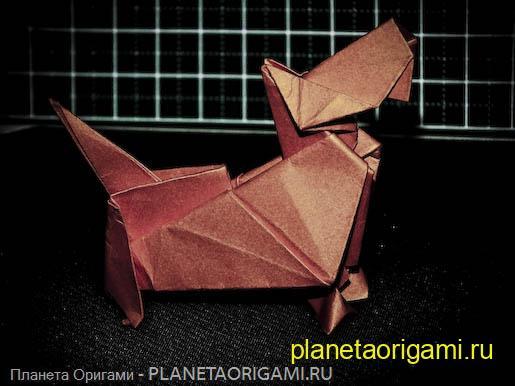 Новая интересная схема сборки скотч-терьера от австрийского мастера-оригами.  Инструкция последовательная и логичная.