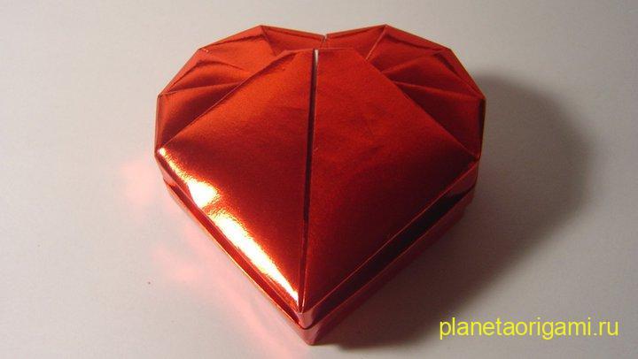 Коробочка-сердечко по схеме