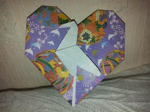 Оригами сердце с журавлем
