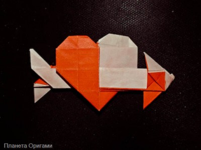 Сердечко оригами со стрелой