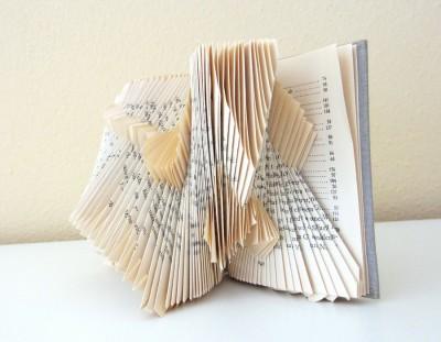 оригами из книжных страниц