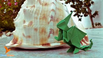 зеленый дракон из бумаги