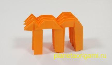 бумажная буква m