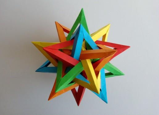 модель из пересекающихся звезд