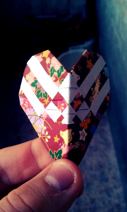интересное сердце из бумаги