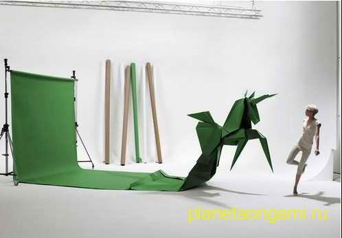 декорации в виде поделок оригами