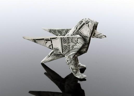 оригами птица из банкноты