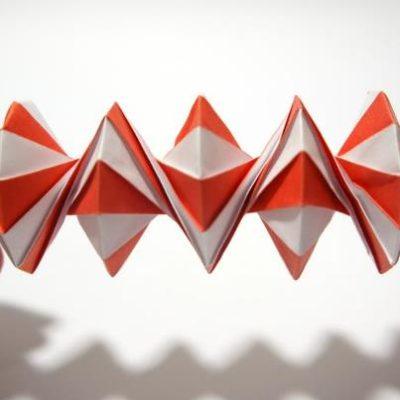 Рубрика.  Фото отсюда.  Оригами в движении. далее.  Видео уроки.  Подробности.  Объемные фигуры.