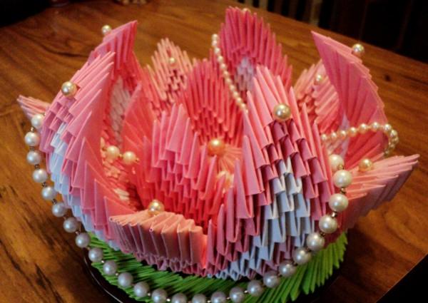 Оригами жемчужная ваза из модулей по схеме Натальи Хоменко