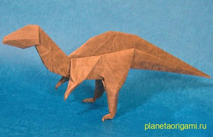 Оригами акрокантозавр по схеме Jerry Harris