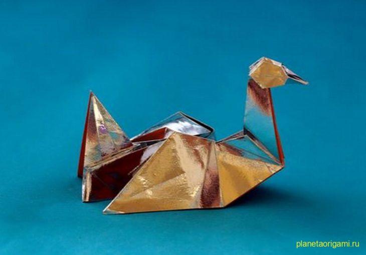 Оригами птица по схеме Herman van Goubergen