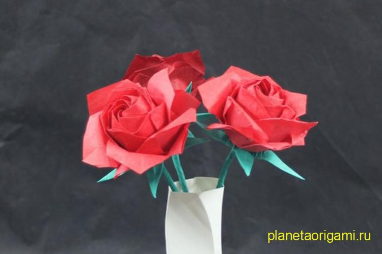 Цветы в танцующей вазе по схеме Тадаши Мори (Tadashi Mori)