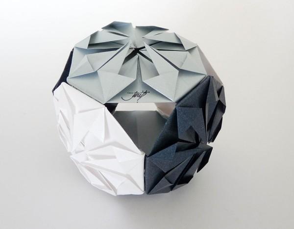 Оригами кусудама Бриллиант по схеме по схеме Макото Ямагучи ( Makoto Yamaguchi)