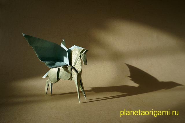 Оригами пегас по схеме Ходзё Такаши (Hojyo Takashi)