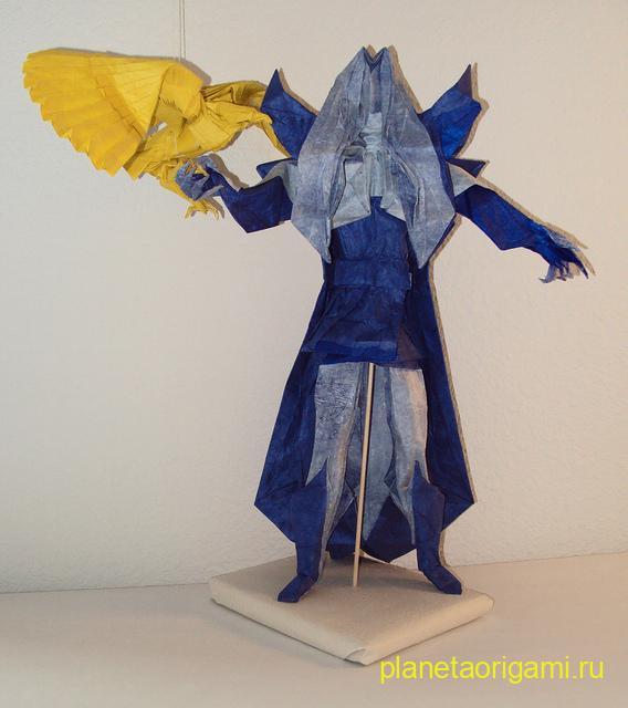 Оригами Тэндзен Якусидзи по схеме Хоанг Чунг Тханя (Hoang Trung Thanh) из бумагами синих оттенков