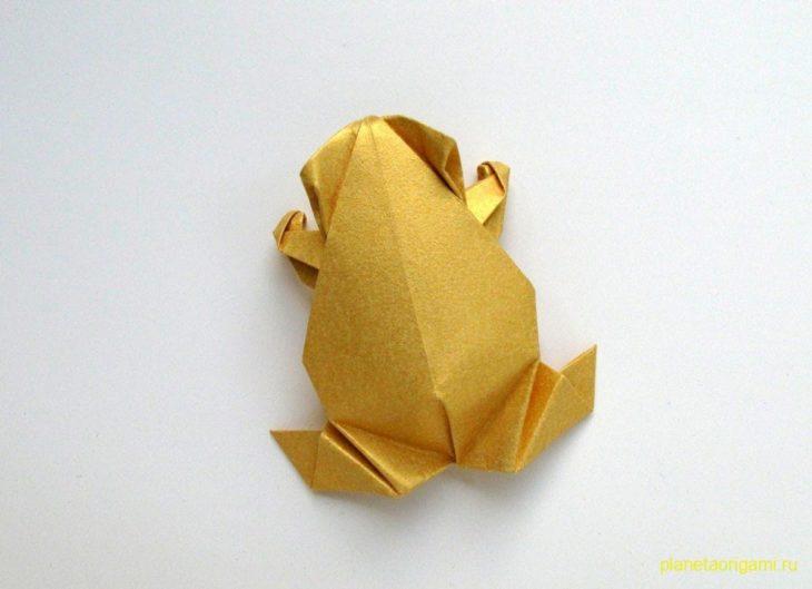Оригами лягушка от Лейлы Торрес (Leyla Torres)