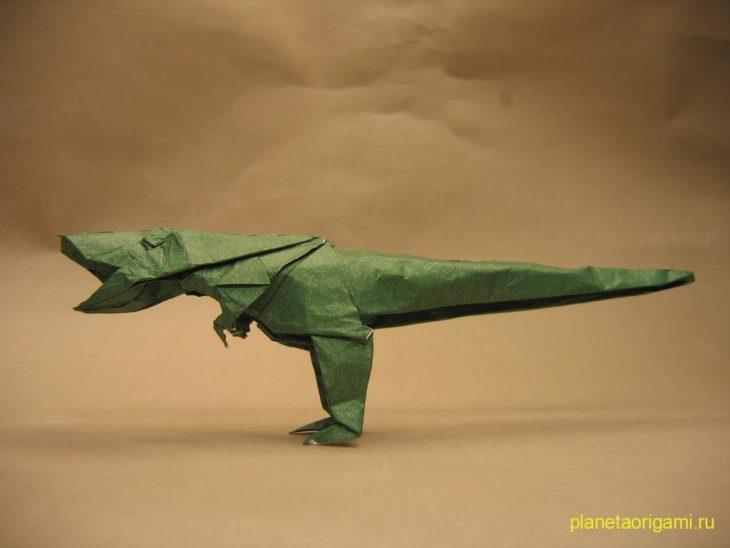 Оригами Тиранозавр Rex по схеме Maekawa Jun