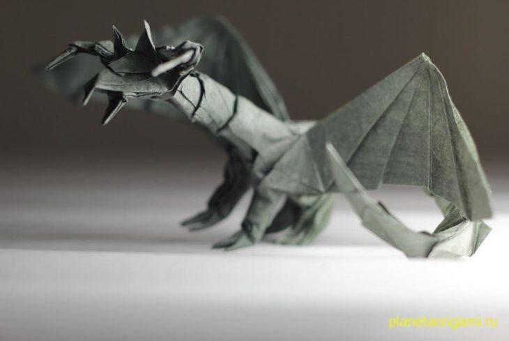 Объемный дракончик из бумаги по схеме Jo Nakashima