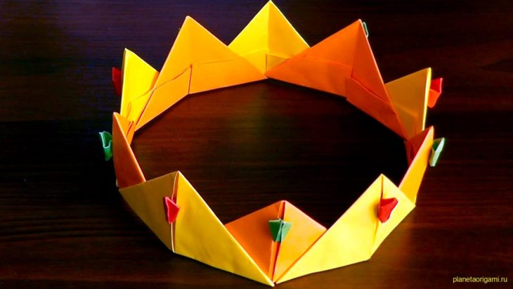Корона по традиционной схеме для ребенка