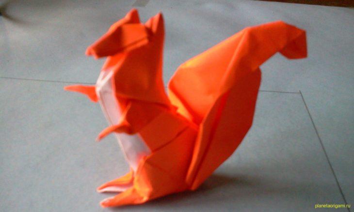 Оригами белочка от Michael LaFosse