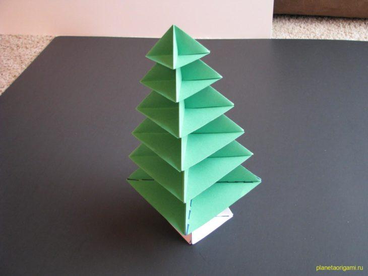 Бумажная елочка