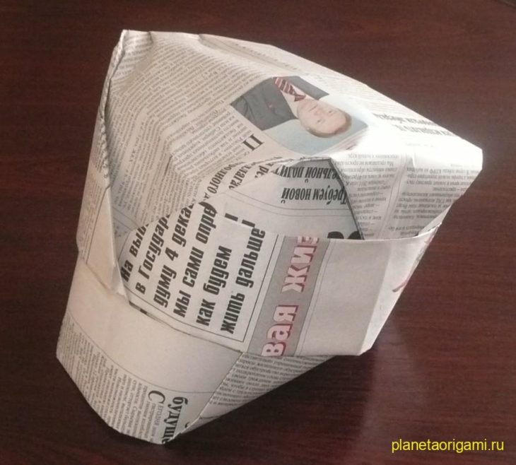 Как из газеты сделать кепку с козырьком из