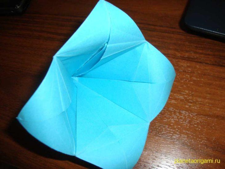 Простой оригами колокольчик из бумаги (схема+видео)