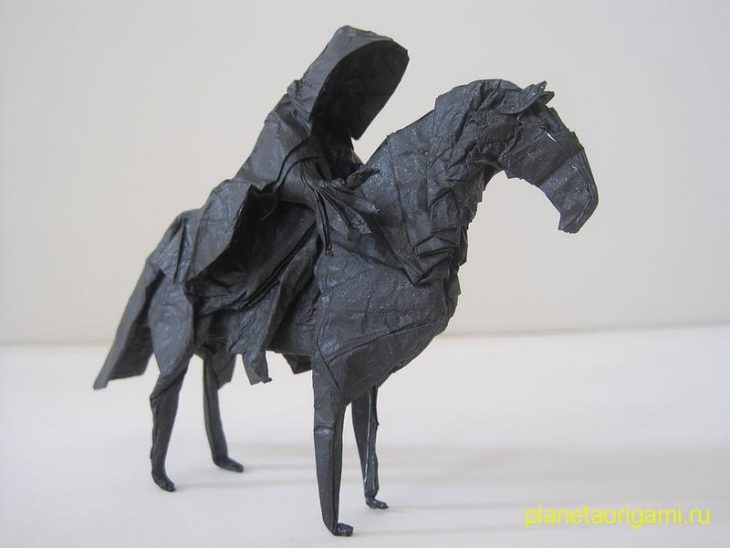 Назгул оригами по схеме Jason Ku