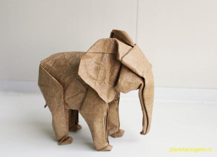 Слон из бумаги по схеме Jo Nakshima