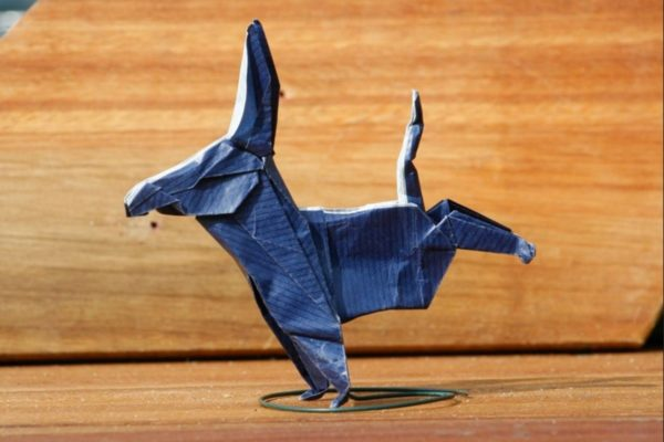 Оригами осёл по схеме Джона Монттролла (John Montroll)