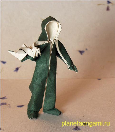 Оригами модель персонажа Папагено по схеме Петера Штайна (Peter Stein)