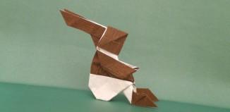 Оригами сидящий заяц по схеме Barth Dunkan