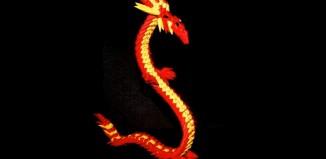 Оригами китайский дракон из треугольных модулей
