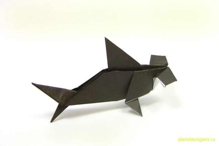Оригами акула-молот по схеме Юкихито Матсуно (Yukihiko Matsuno)