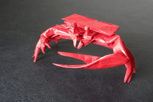 Оригами манящий краб по схеме Брайана Чена (Brian Chan)