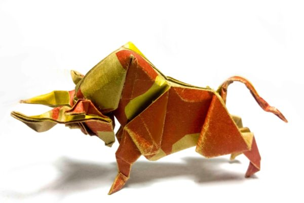 Оригами бык по схеме Dong Viet Thien