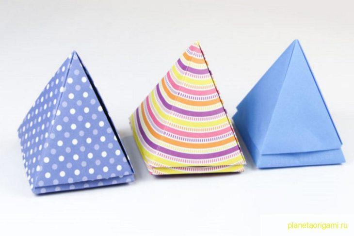 Оригами простая коробочка-пирамидка