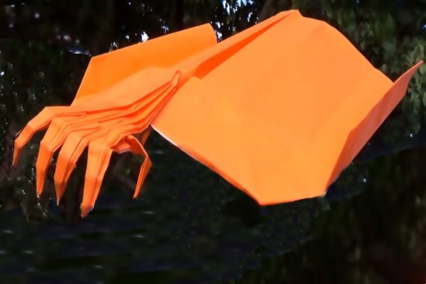 Оригами самолет с когтями на носу от Джереми Шейфера (Jeremy Shafer)