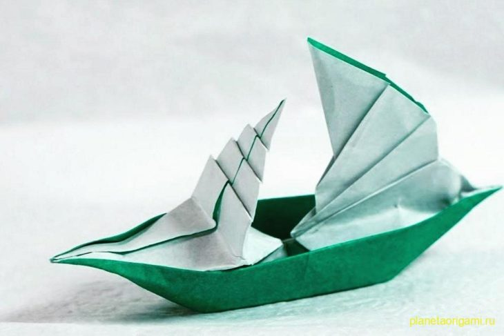 Оригами парусная лодка по схеме Генри Фама (Henry Pham)