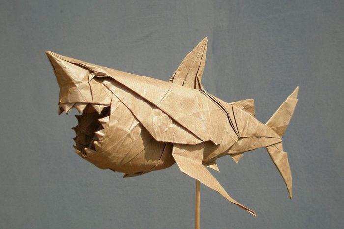 Оригами Белая акула по схеме Nguyen Ngoc Vu