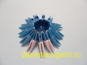 Оригами снегурочка из модулей, сборка шубки