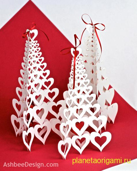 Оригами сердца, собранные в виде елочки